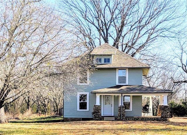 39636 Pleasant Valley Road, Lane, KS 66042 (#2198028) :: Eric Craig Real Estate Team