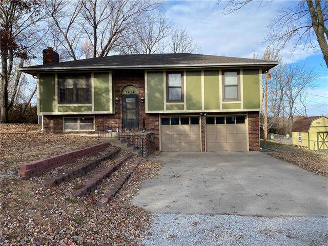 1414 Sanders Street, Leavenworth, KS 66048 (#2198255) :: House of Couse Group