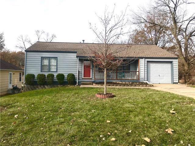 8334 Kenwood Avenue, Kansas City, MO 64131 (#2198652) :: Clemons Home Team/ReMax Innovations