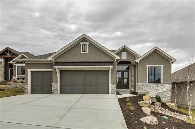9387 Lind Road, Lenexa, KS 66219 (#2198852) :: Dani Beyer Real Estate