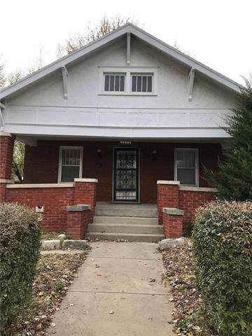 2222 N 3rd Street, St Joseph, MO 64505 (#2199003) :: House of Couse Group