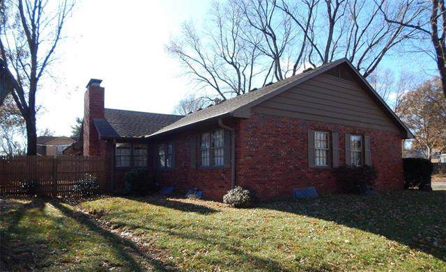 107 N Noyes Boulevard, St Joseph, MO 64501 (#2199004) :: Eric Craig Real Estate Team