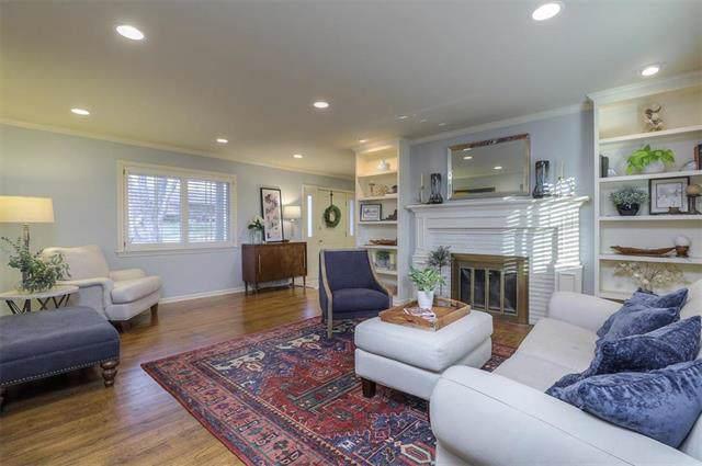2011 W 86TH Terrace, Leawood, KS 66206 (#2199451) :: Team Real Estate