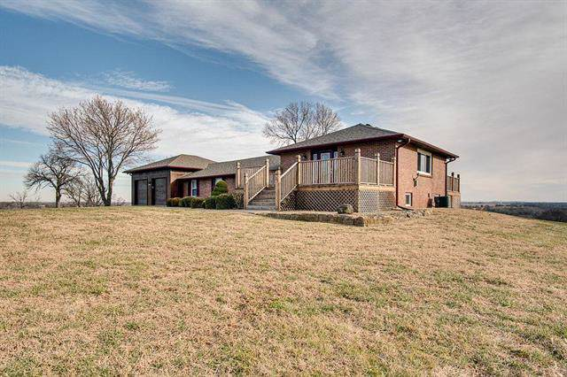 2905 S Broadway Street, Oak Grove, MO 64075 (#2199609) :: Clemons Home Team/ReMax Innovations