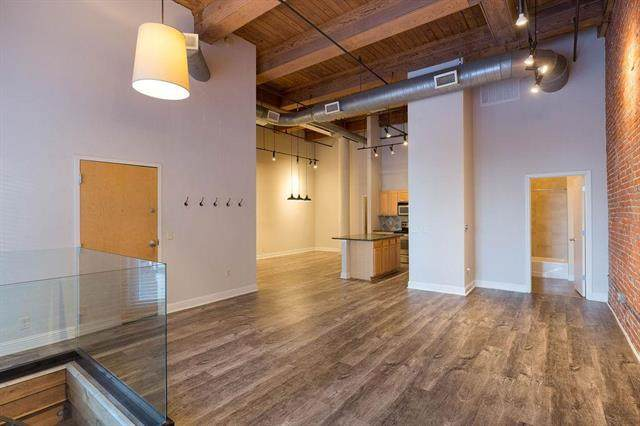 609 Central Street #1102, Kansas City, MO 64105 (#2200050) :: Edie Waters Network