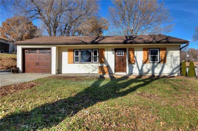 1074 Elizabeth Street, Liberty, MO 64068 (#2200596) :: Team Real Estate