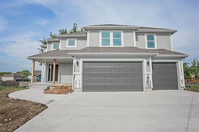 12302 Burr Oak Circle, Peculiar, MO 64078 (#2201172) :: Eric Craig Real Estate Team