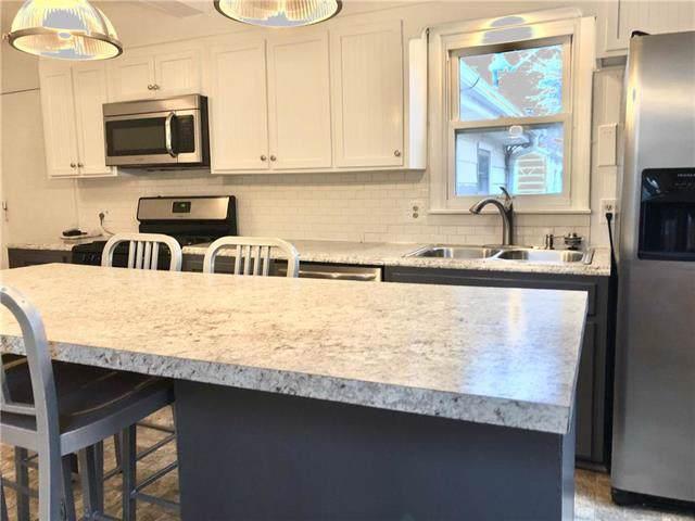 1007 NE 67th Street, Gladstone, MO 64118 (#2201574) :: Eric Craig Real Estate Team