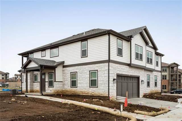 16228 Broadmoor Street, Overland Park, KS 66085 (#2202004) :: Eric Craig Real Estate Team