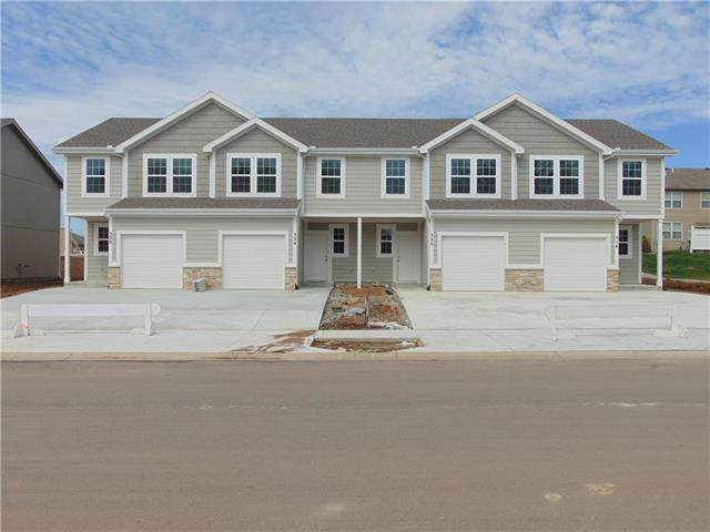 332 4th Terrace, Louisburg, KS 66053 (#2202698) :: House of Couse Group