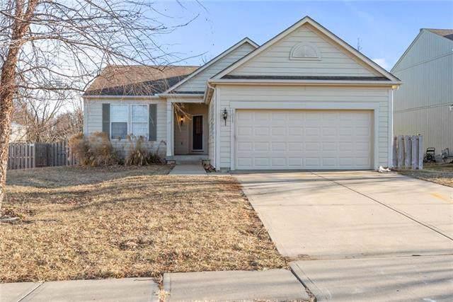 1811 W Elm Terrace, Olathe, KS 66061 (#2203180) :: Team Real Estate