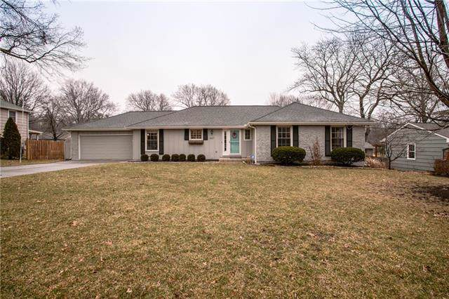 8117 Juniper Drive, Prairie Village, KS 66208 (#2203318) :: Austin Home Team