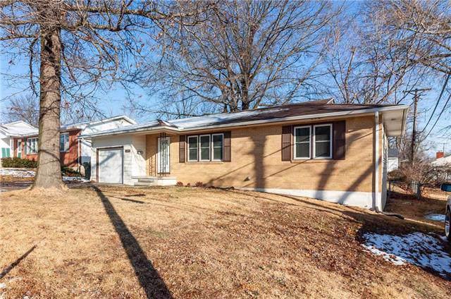 309 S Mitchell Street, Warrensburg, MO 64093 (#2203324) :: Eric Craig Real Estate Team