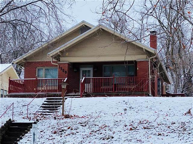 1509 Pacific Street, St Joseph, MO 64503 (#2204447) :: Eric Craig Real Estate Team