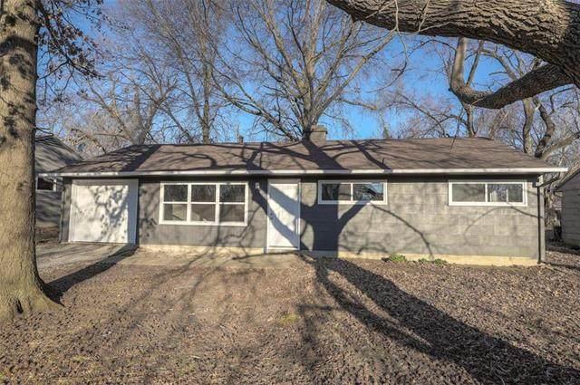 11222 Eastern Avenue, Kansas City, MO 64134 (#2204769) :: Team Real Estate