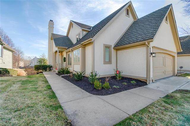 5208 W 121ST Street, Overland Park, KS 66209 (#2204878) :: Eric Craig Real Estate Team