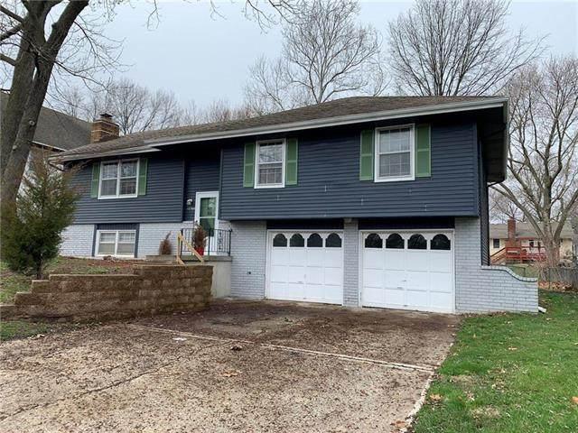 12506 Winchester Avenue, Grandview, MO 64030 (#2205909) :: Ron Henderson & Associates