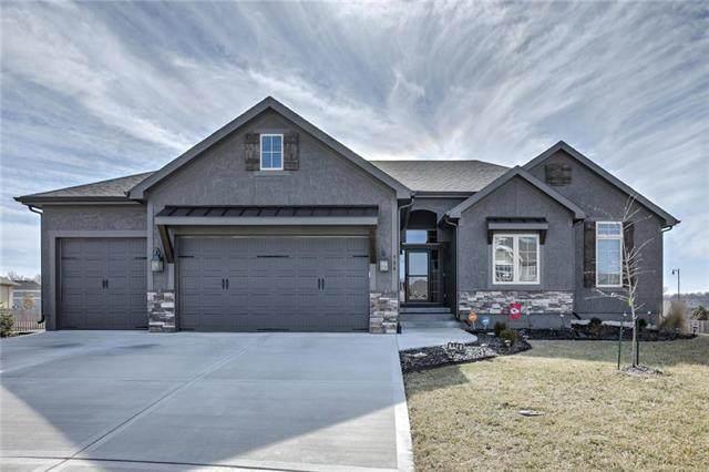 904 SE Auburn Court, Blue Springs, MO 64014 (#2206169) :: Team Real Estate