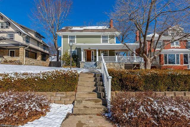 420 W 59th Terrace, Kansas City, MO 64113 (#2206571) :: Eric Craig Real Estate Team