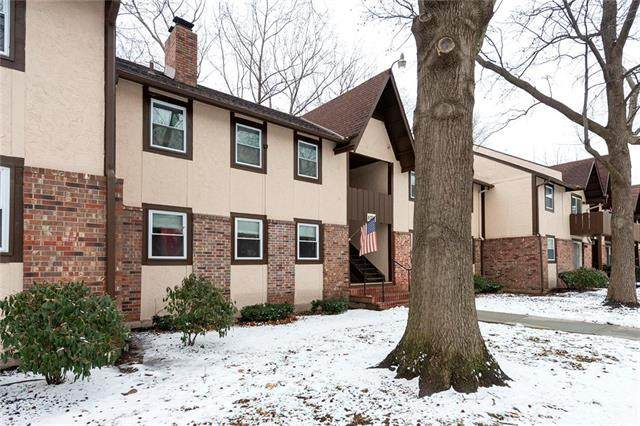 6216 Robinson Street #3, Overland Park, KS 66202 (#2206583) :: House of Couse Group
