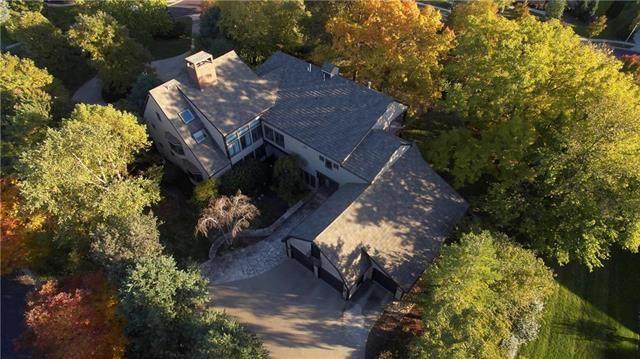 5805 W 131st Terrace, Overland Park, KS 66209 (#2207054) :: Five-Star Homes