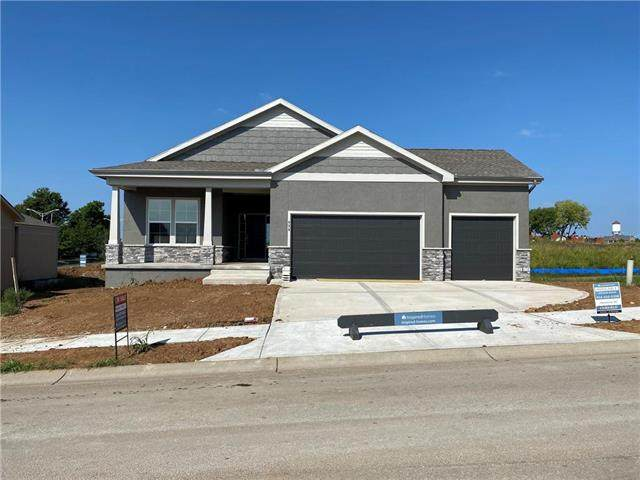 828 SW Haverford Road, Lee's Summit, MO 64081 (#2207176) :: Jessup Homes Real Estate   RE/MAX Infinity