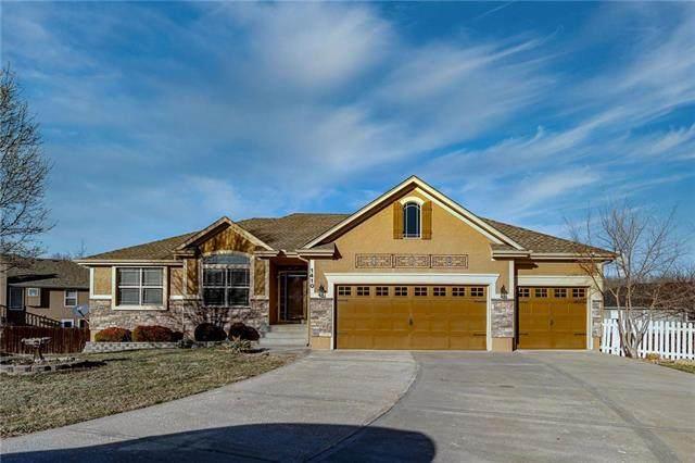 1410 Elizabeth Avenue, Pleasant Hill, MO 64080 (#2207440) :: Dani Beyer Real Estate