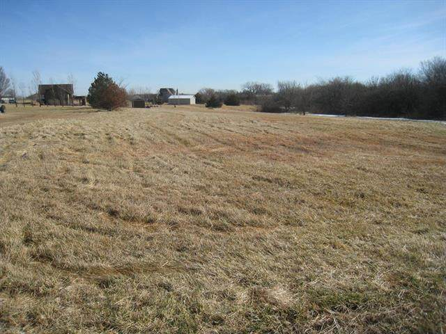 Jaymar Drive, Louisburg, KS 66053 (#2208316) :: Edie Waters Network