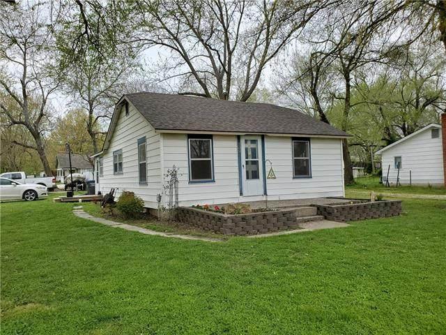 208 S Ohio Street, Archie, MO 64725 (#2209723) :: Edie Waters Network