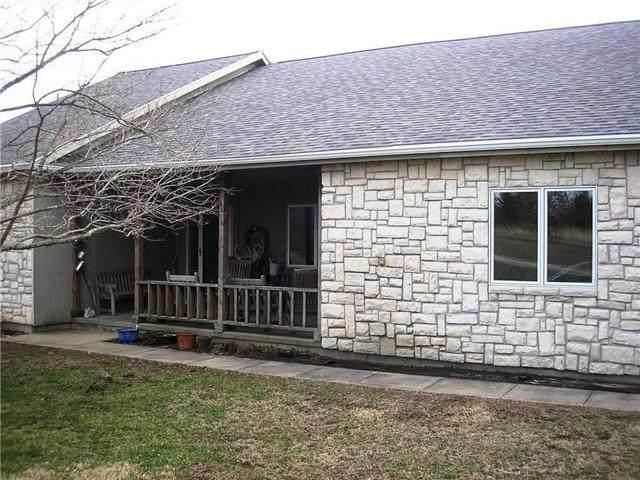 4642 John Brown Drive, Rantoul, KS 66079 (#2210231) :: Dani Beyer Real Estate