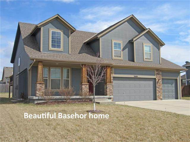 3685 N 153rd Street, Basehor, KS 66007 (#2211192) :: House of Couse Group