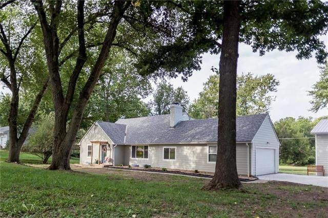 1020 Manchester Road, Liberty, MO 64068 (#2212259) :: Eric Craig Real Estate Team