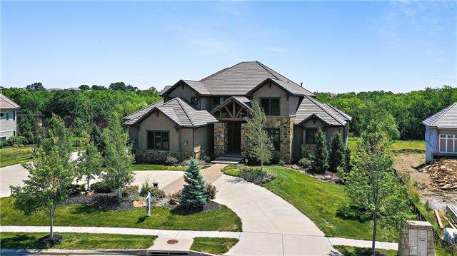 16005 Cody Street, Overland Park, KS 66221 (#2212326) :: The Shannon Lyon Group - ReeceNichols
