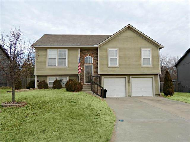 1010 NW Scenic Drive, Grain Valley, MO 64029 (#2214458) :: Ask Cathy Marketing Group, LLC
