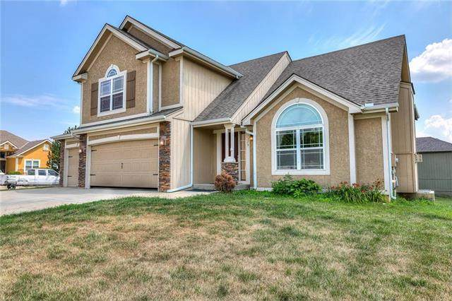13375 Ridgeview Drive, Platte City, MO 64079 (#2214481) :: House of Couse Group