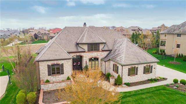 14607 Briar Street, Leawood, KS 66224 (#2215127) :: Austin Home Team