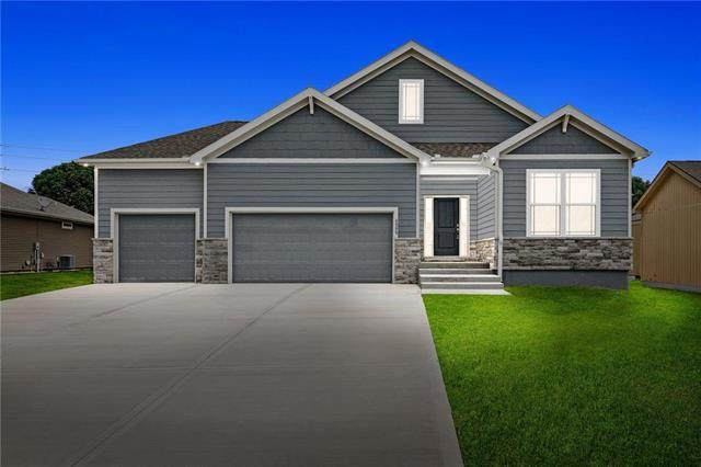 23516 W 89th Street, Lenexa, KS 66227 (#2216548) :: Five-Star Homes