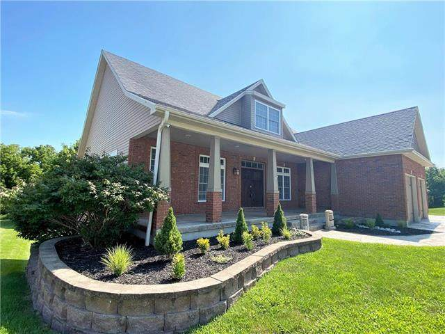 1201 Holland Square, Warrensburg, MO 64093 (#2217734) :: Dani Beyer Real Estate