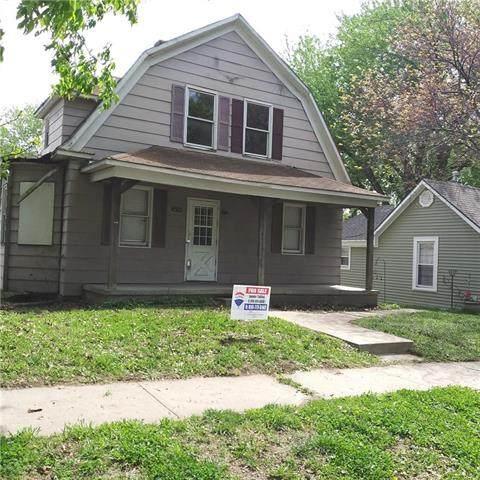 3014 Locust Street, St Joseph, MO 64501 (#2218451) :: House of Couse Group