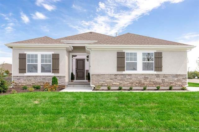 9697 Brockway Street, Lenexa, KS 66220 (#2218572) :: The Gunselman Team