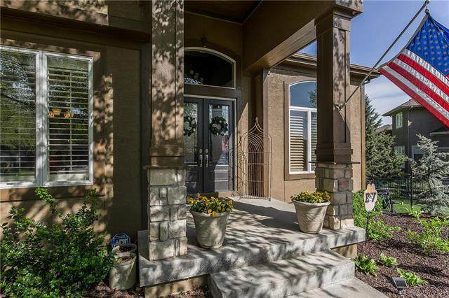 5204 W 166th Street, Overland Park, KS 66085 (#2219793) :: House of Couse Group