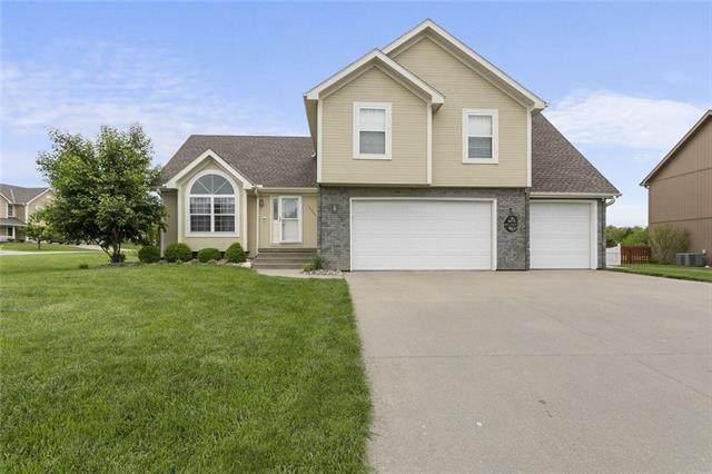 13000 Ridgeview Drive, Platte City, MO 64079 (#2220197) :: Eric Craig Real Estate Team