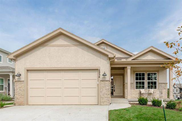 6934 W 162nd Court, Overland Park, KS 66085 (#2220351) :: Edie Waters Network