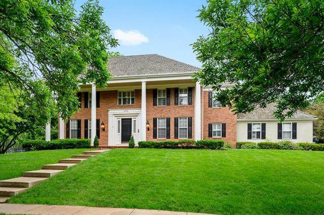 11709 Canterbury Court, Leawood, KS 66211 (#2221359) :: Audra Heller and Associates