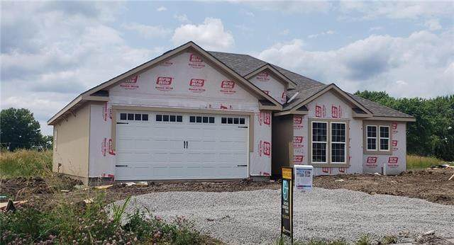 1612 NE Crumley Street, Grain Valley, MO 64029 (#2221473) :: House of Couse Group