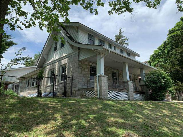 804 Main Street, Parkville, MO 64152 (#2222009) :: Austin Home Team