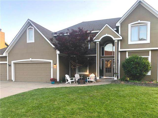 1130 SW Santa Fe Drive, Lee's Summit, MO 64081 (#2222316) :: Team Real Estate