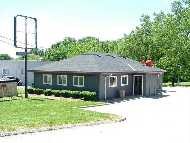 404 S U.S. 71 Highway, Savannah, MO 64485 (#2222522) :: House of Couse Group