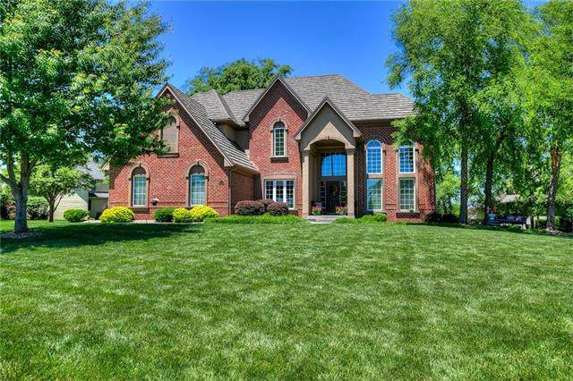 10110 N Helena Avenue, Kansas City, MO 64154 (#2223593) :: House of Couse Group