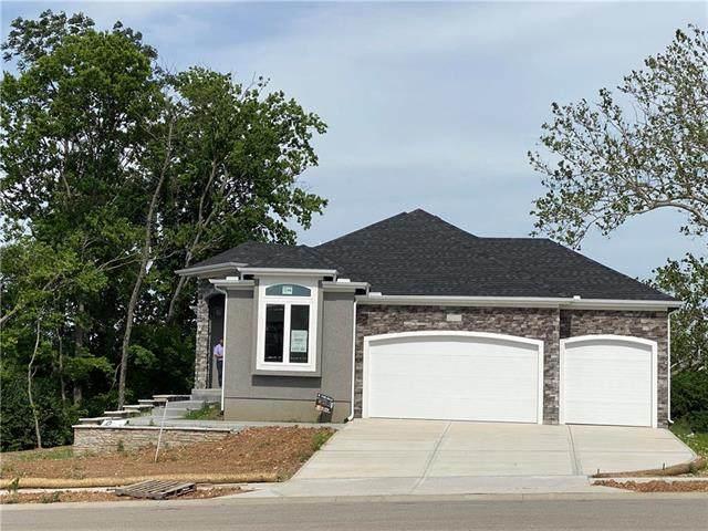 8809 Freedom Street, Lenexa, KS 66227 (#2224426) :: House of Couse Group